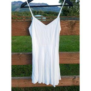 Talula Size 6 White Dress Spaghetti Strap
